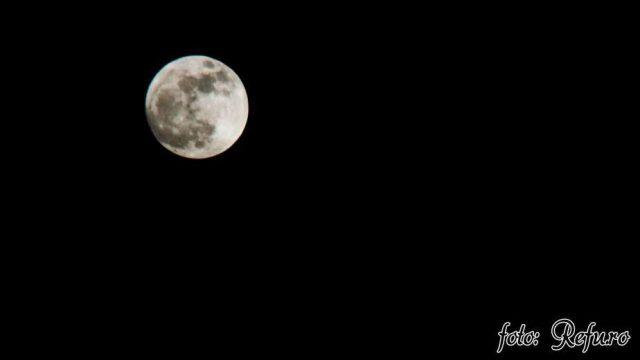 Super Luna la 357.000 de kilometri - Refu.ro