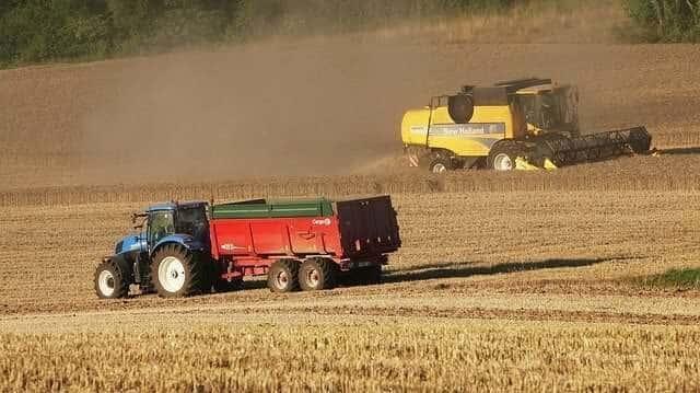 remorca-tractor
