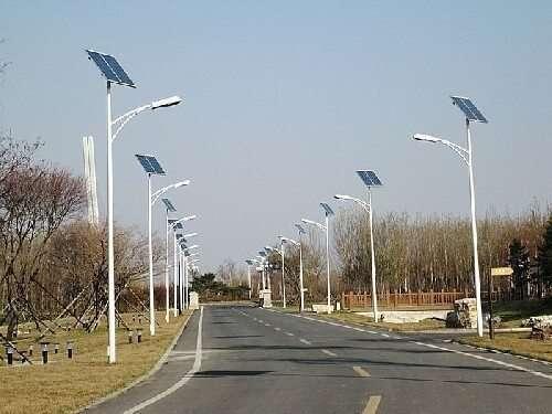 stalpi iluminat solari
