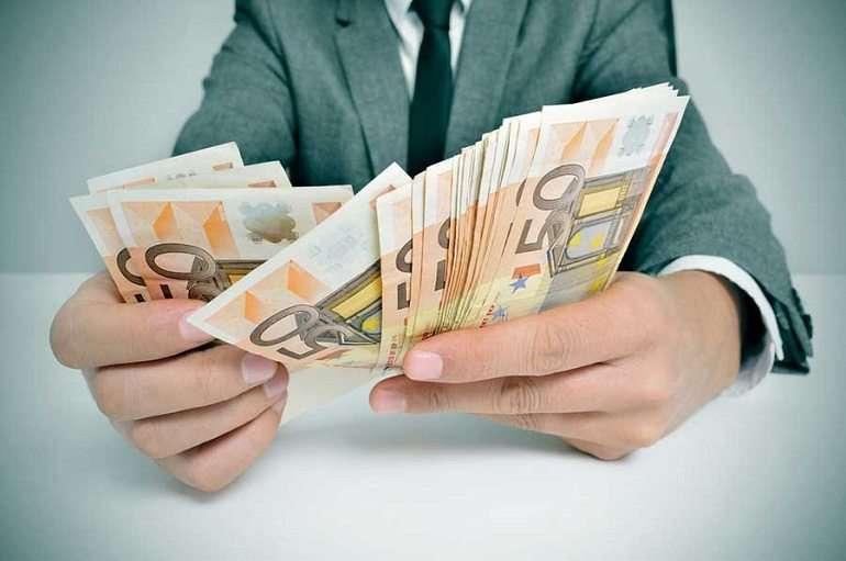 Rezolvati-va problemele neprevazute cu un credit nebancar rapid si sigur 1