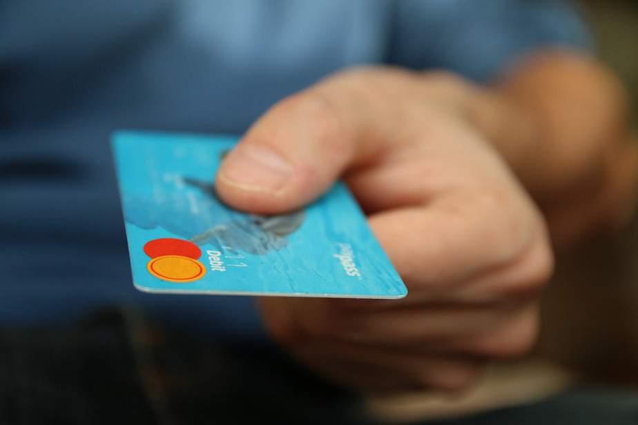 credit de nevoi personale, credit card