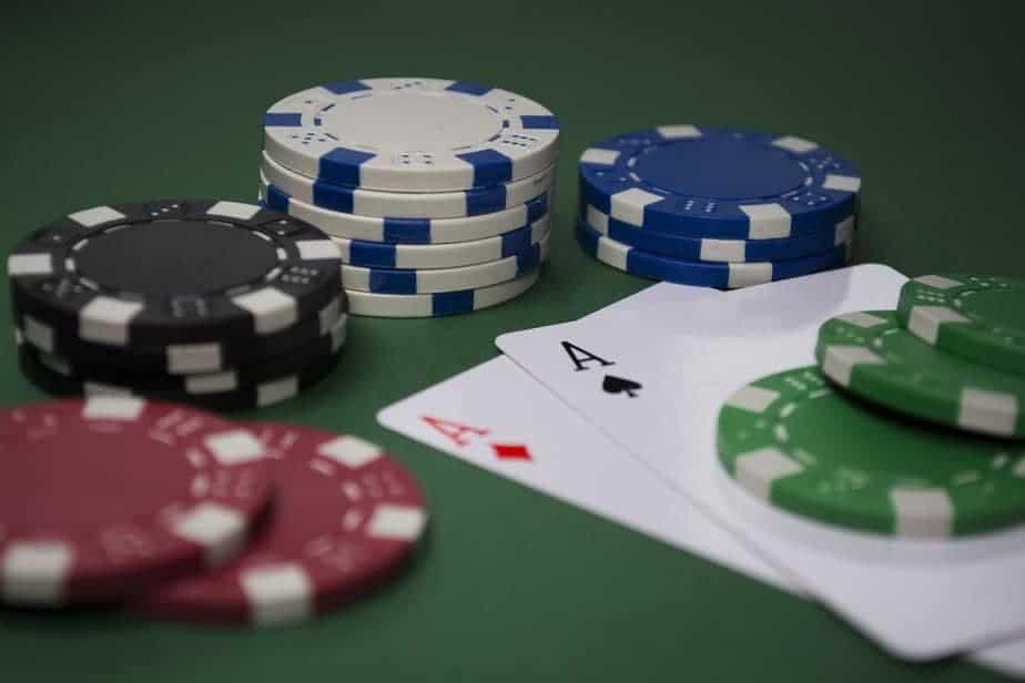 de ce se joaca poker