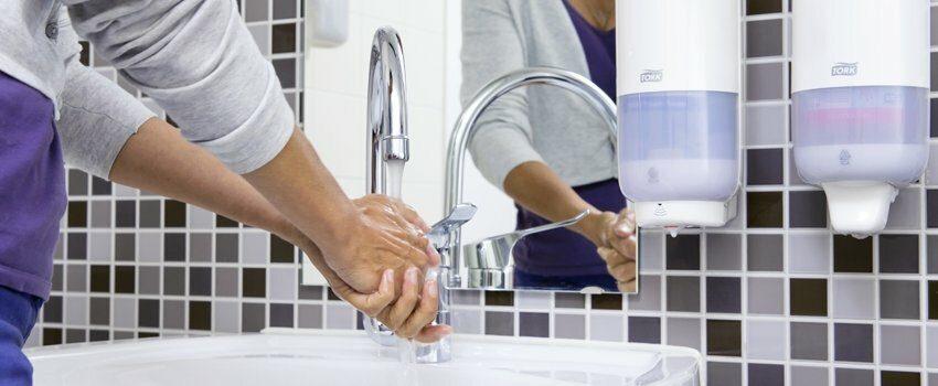 De la detergenti pana la echipamente pentru curatat profesionale - Refu.ro