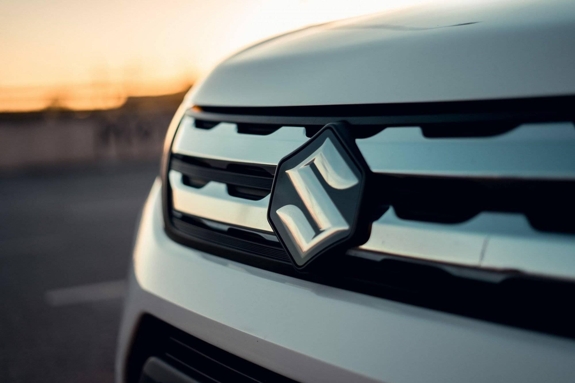 Tu cum ai grijă de mașina ta? Pieseautocaroserie.ro este importator piese Suzuki - Refu.ro